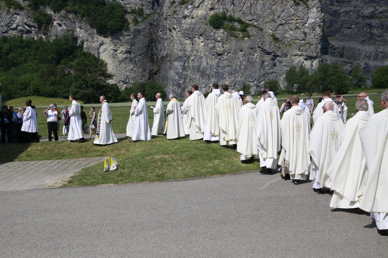 1-procession