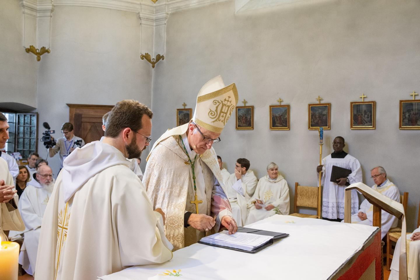 Ordinations Eucharistein 16.06.2018 008