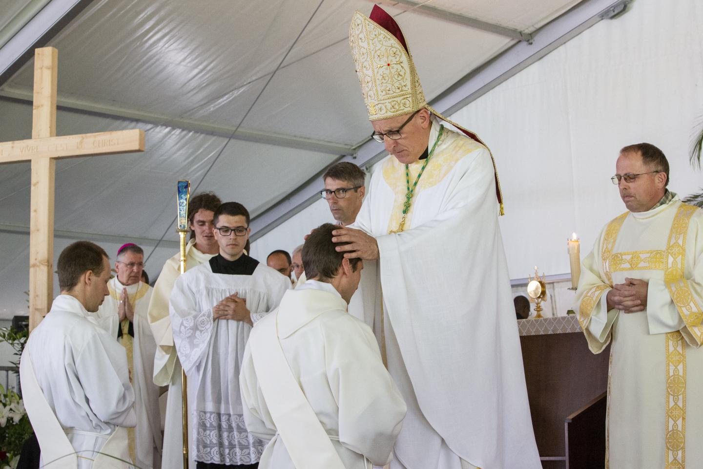 Ordinations Eucharistein 16.06.2018 085
