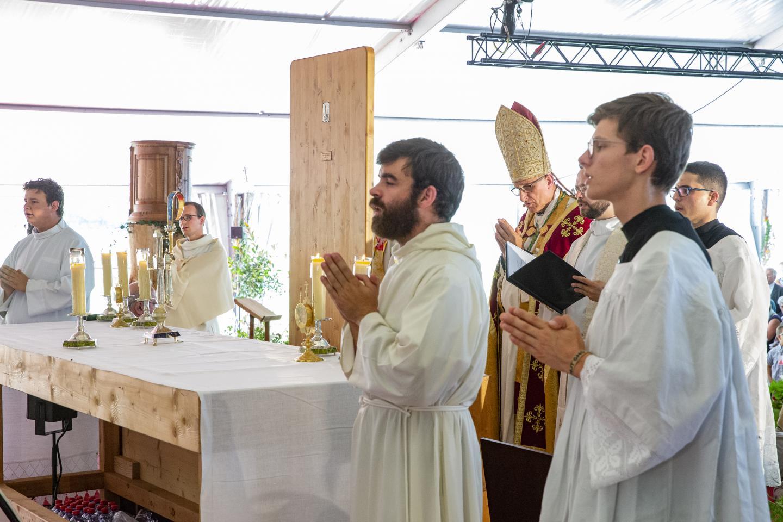 Voeux définitifs Eucharistein 037
