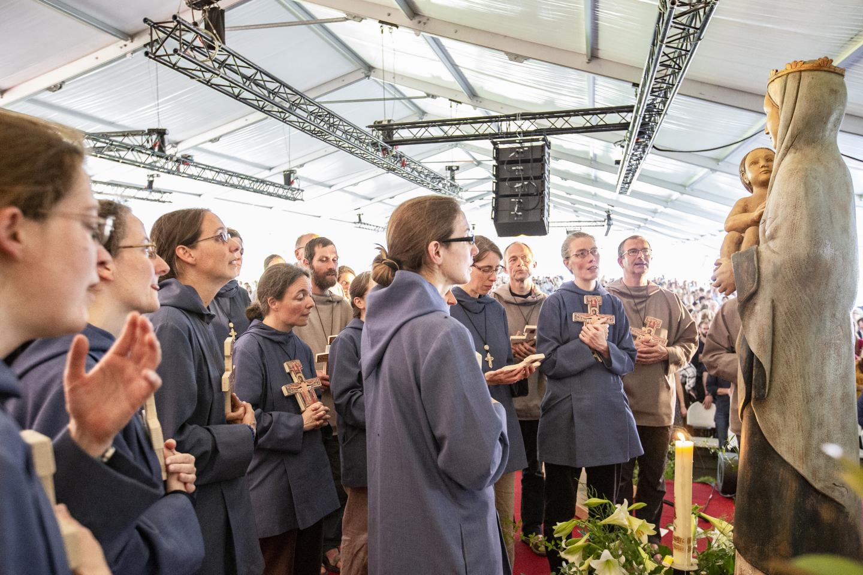 Voeux définitifs Eucharistein 075